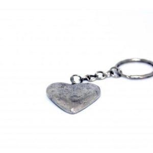 Tinnen hartje sleutelhanger